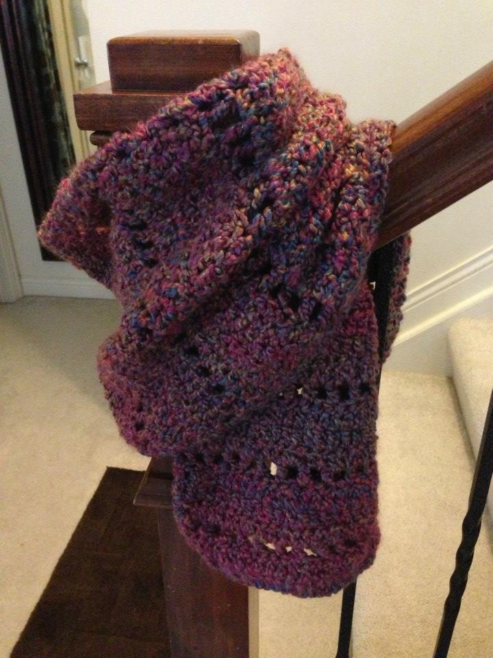 Homespun Yarn Crochet Patterns : mulberry shawl. lion brand homespun yarn. pattern: http://fiberflux ...
