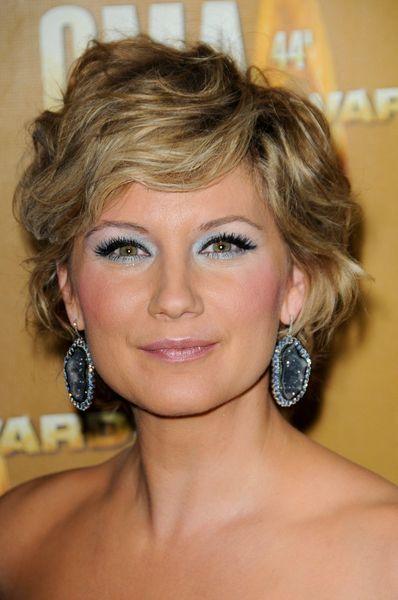 Jennifer Nettles Short Hairstyles