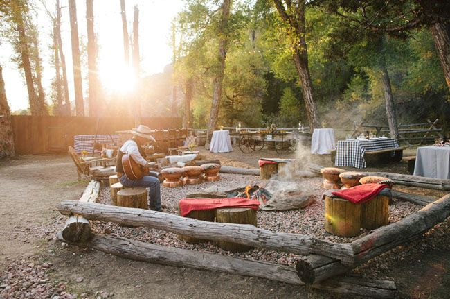 Campfire setting: blankets | Wedding Decorations/Ideas | Pinterest