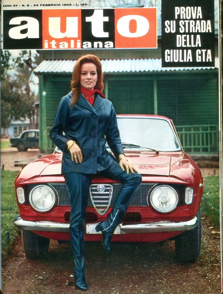 Luciana paluzzi photo