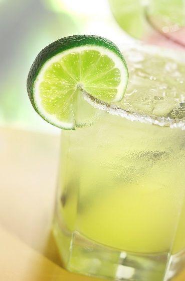 Fresh Lime Margaritas | Cinco de Mayo | Pinterest