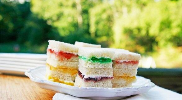 Rainbow Cream Cheese Sandwich Bites | Recipe
