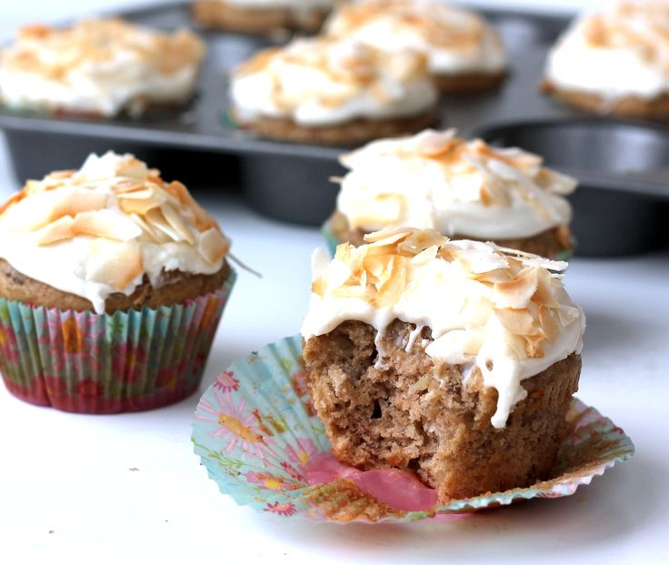 Lightened up Hummingbird Cupcakes with Toasted Coconut Cream Cheese F ...