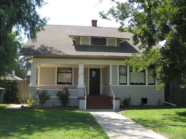 Homes Wrap Around Porch Furthermore Craftsman Bungalow House Plans