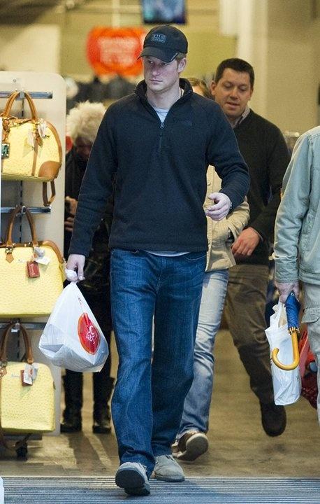 prince harry shopping tk maxx royals pinterest