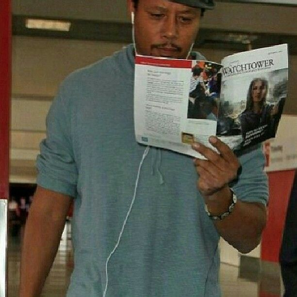 Actor Terrence Howard reading the Watchtower magazine, how about that.