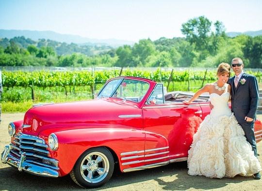 classic car wedding pic