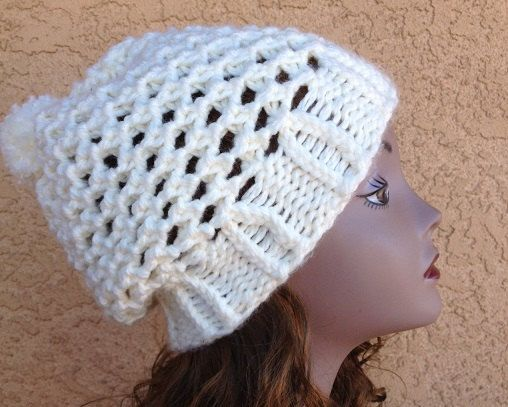 how to use a knitting loom hat