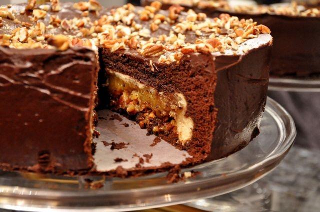 Pecan Pie Cake Made With Cake Mix