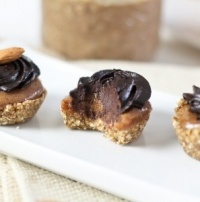 Teeny Weenie Healthy Chocolate/Ginger & Almond Butter Layered Cups