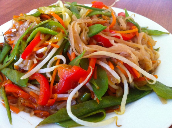vegetable lo mein | Healthy food | Pinterest