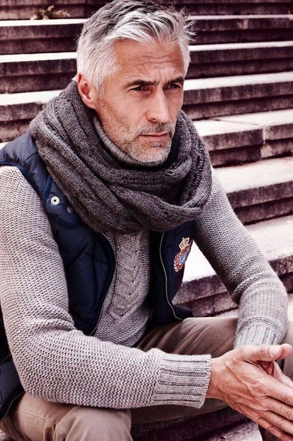 How to wear a square scarf male