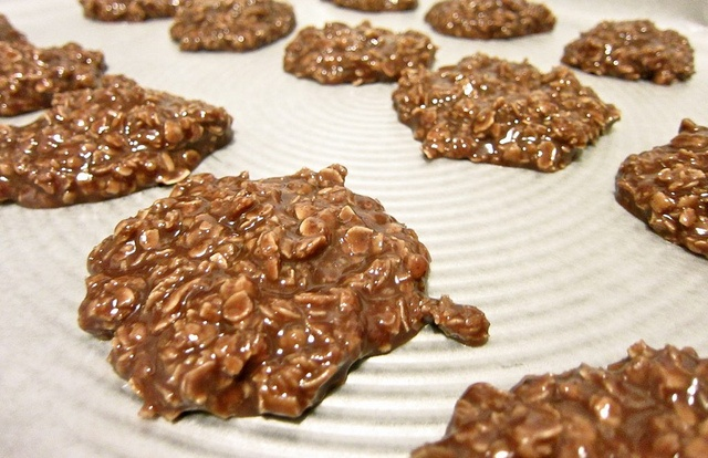 no bake chocolate & oatmeal drop cookies | Sweet treats | Pinterest