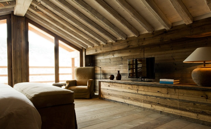 warm wood interior, horizontal boards on interior walls :)