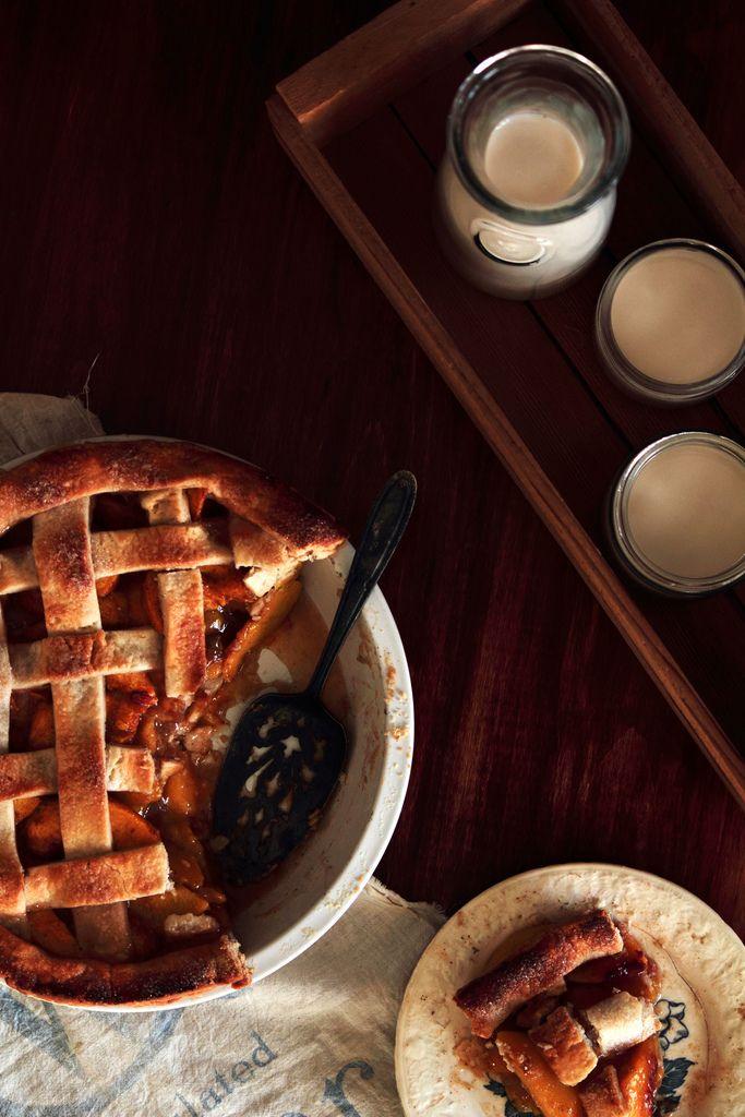 Vanilla bean cardamom peach pie | Pies & Tarts | Pinterest
