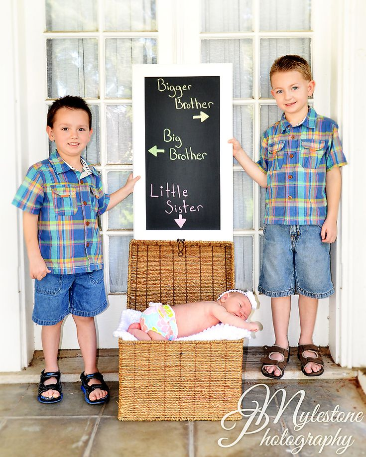 cute brother picture ideas - Brothers with Baby Sister graphy