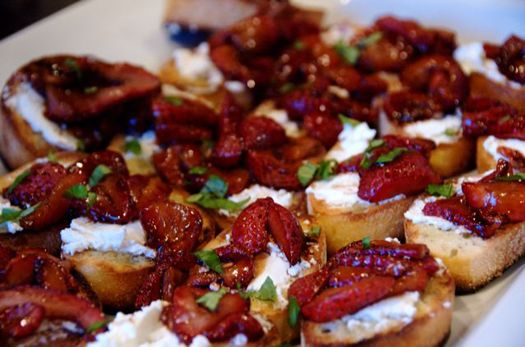 Roasted Strawberry Bruschetta with balsamic vinegar and goat cheese ...