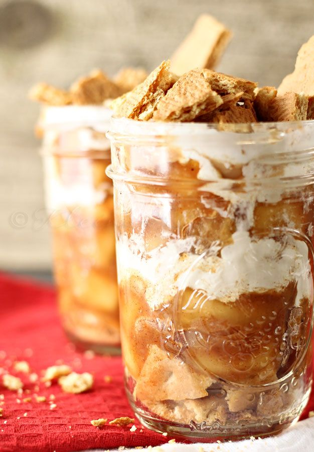 Ice Box Apple Pie Jars {Kleinworth & Co.}