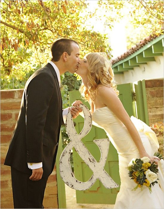 cute pic idea from a website with lots of good wedding ideas..