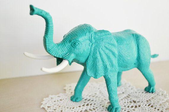 Turquoise elephant elephants kick ass pinterest - Decoration bleu turquoise ...