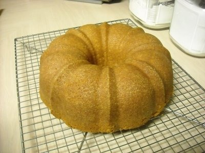 Irish Cream Pound Cake...in a Bundt pan | Desserts and Sweets | Pinte ...