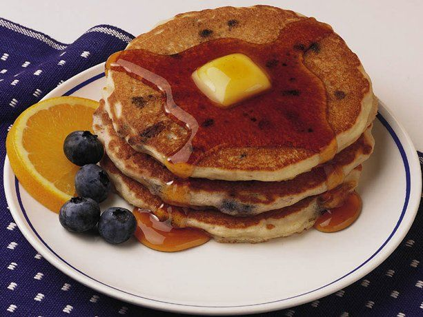 ... , quick and easy blueberry pancake recipe! With blueberry syrup