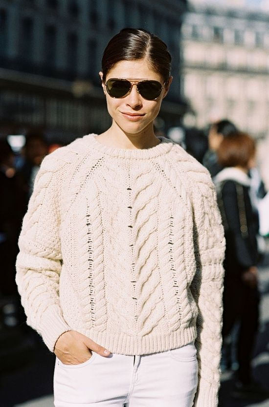 summer to fall style: white jeans, chunky sweater, aviators