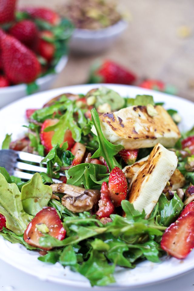Strawberry and Arugula Salad with Grilled Halloumi | Recipe