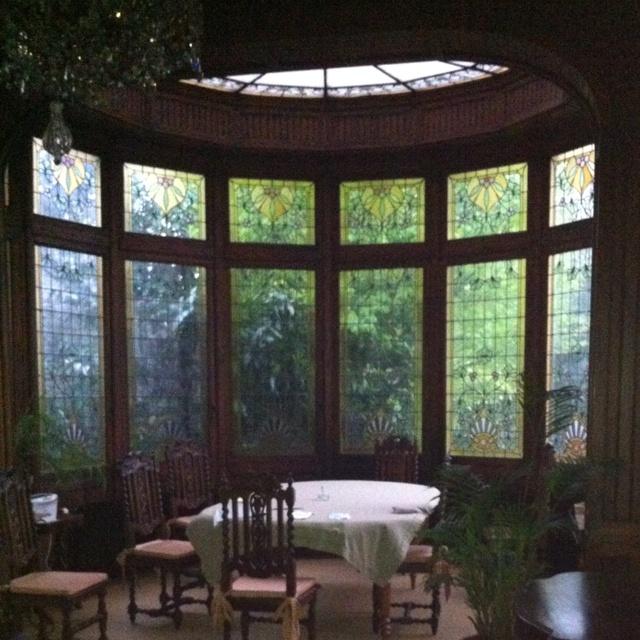 Dinning room with v randa home decor pinterest - Veranda dining rooms ...