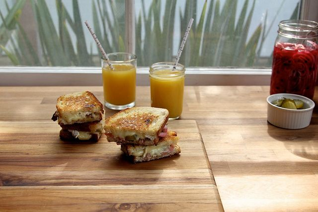 pickles and brie grilled cheese | Cre8tive Eats | Pinterest