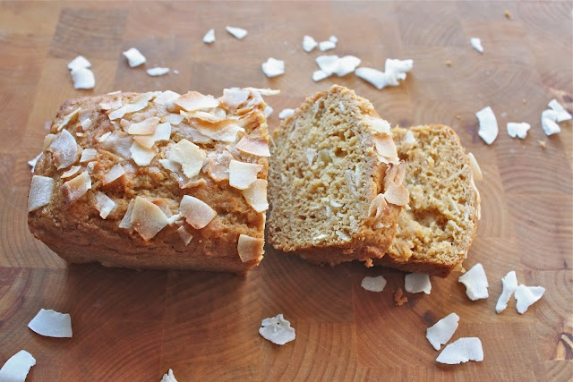 ... and coconut: A tropical combination & my Pineapple Coconut Bread