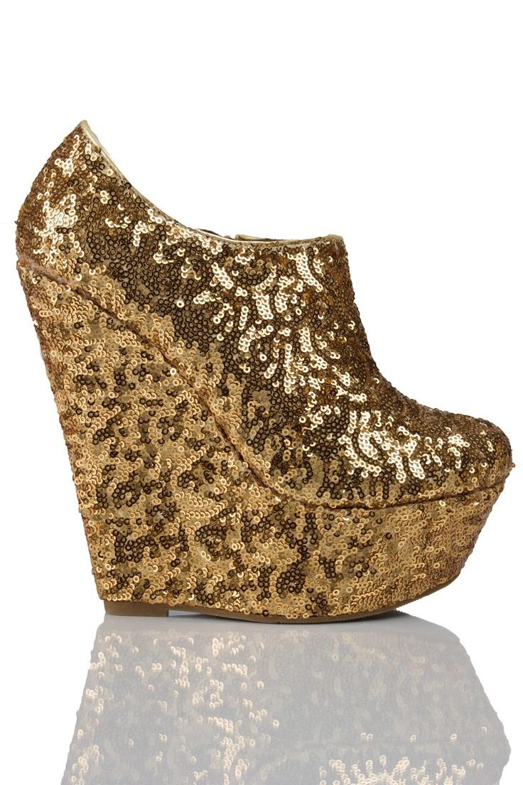 gold wedge sandals agustus 2015