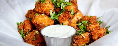 Chipotle popcorn chicken in three steps (Food Republic)