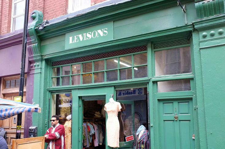 Popular clothing stores in london. Cheap online clothing stores