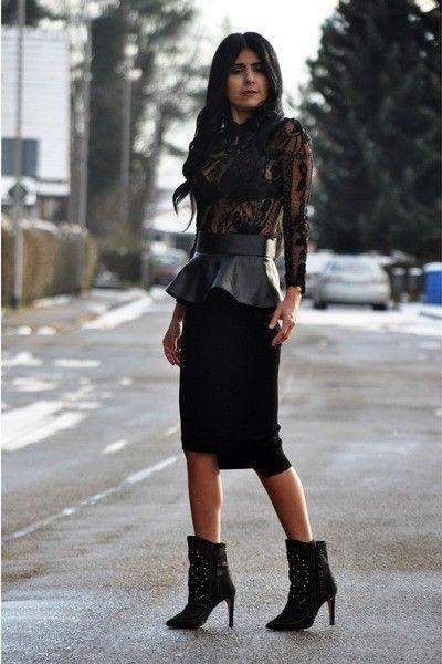 Zara Black And Gold Skirt 68