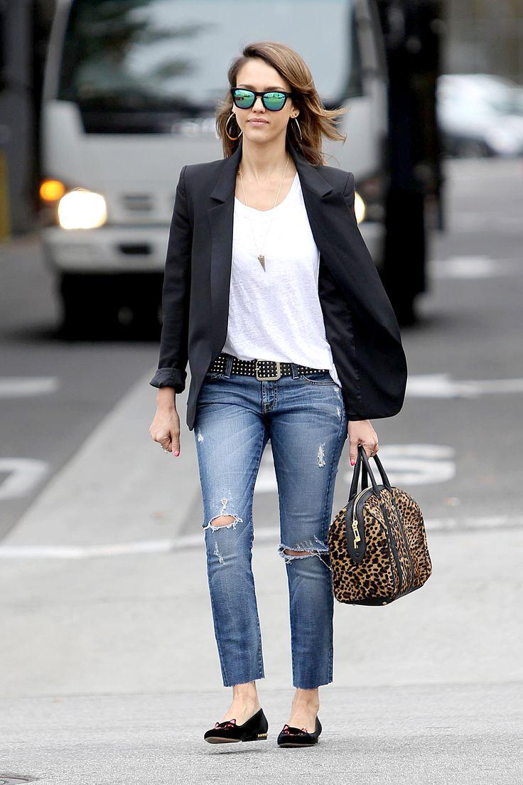 Jessica Alba wears her white t-shirt with a black blazer // #Fashion #StreetStyle