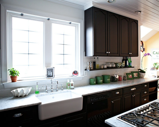 under cabinet open shelves sink kitchen pinterest. Black Bedroom Furniture Sets. Home Design Ideas