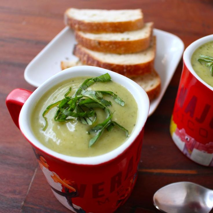 Easy Zucchini Soup with Fresh Basil