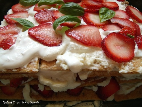 No-Bake Strawberry Icebox Cake | Food Ideas - Cakes, Cookies, Bars, a ...