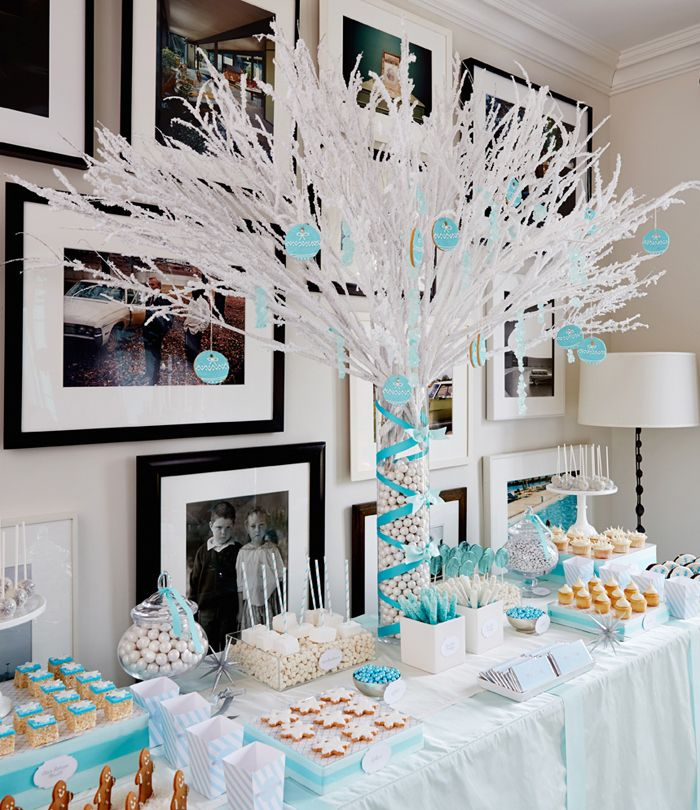 Winter-Wonderland-Party; the clear blue lollipops are my favorite part.