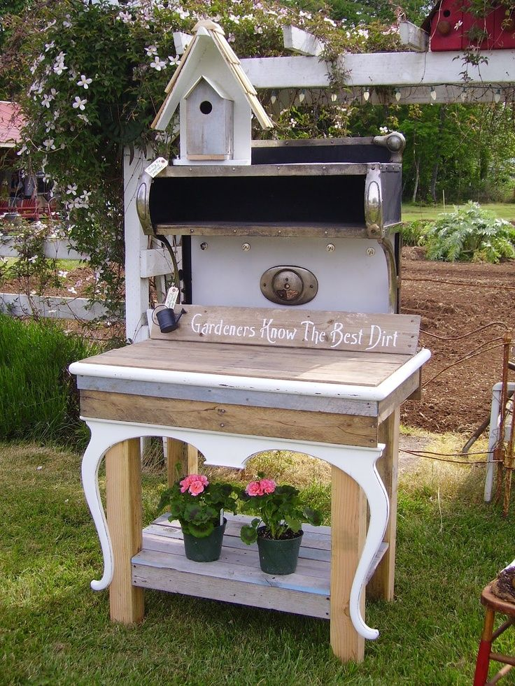 Potting bench outdoor potting benches pinterest Outdoor potting bench