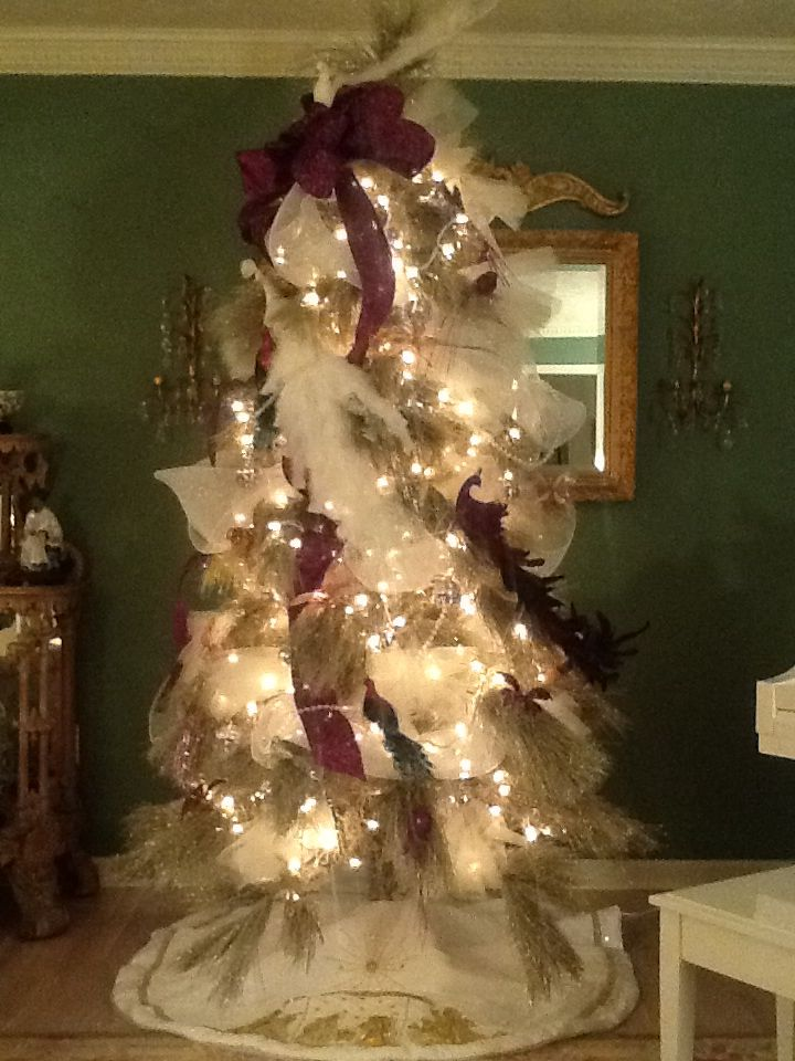 Designer Christmas Tree | Christmas Decorating Ideas | Pinterest