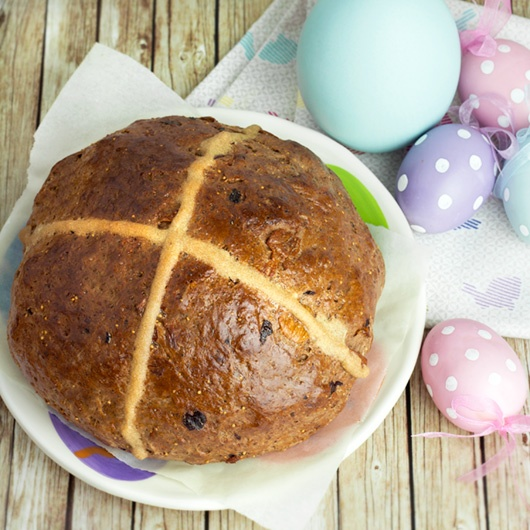 Chocolate Hot Cross Bun ~ a recipe for a rustic boule-shaped hot cross ...