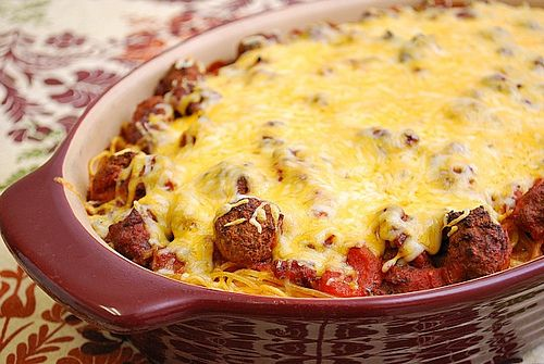 Baked Spaghetti & Meatballs: This definitely hits the spot and makes ...