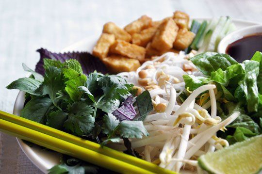 Bun Chay (Vietnamese Vegetarian Noodle Salad) — Recipes from The ...
