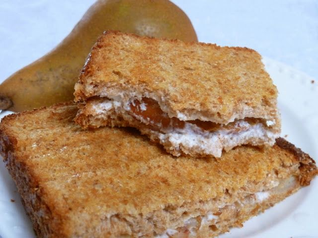 Cookin' Cowgirl: Goat Cheese Panini with Cooked Pears and Honey