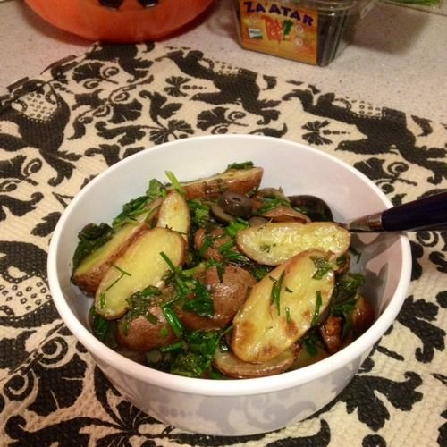 Roasted Fingerling Potato and Herb Salad | Things to cook or bake ...