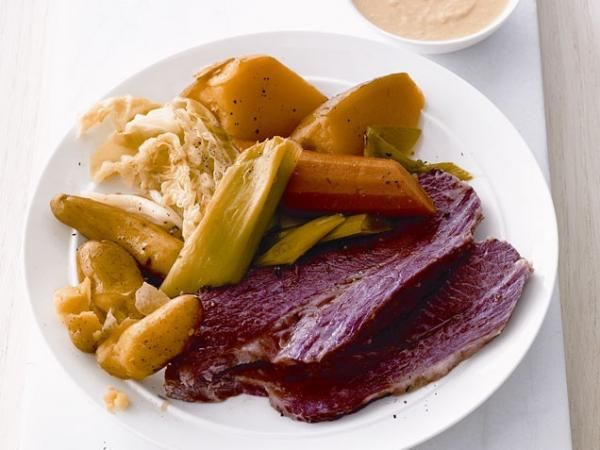 Slow-Cooker Corned Beef And Cabbage Recipe — Dishmaps