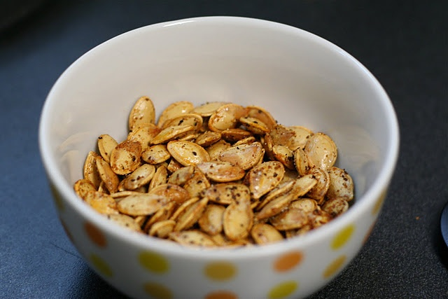 Spicy toasted pumpkin seeds | Delish (To Make) | Pinterest