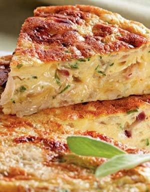 Omelette with potatoes, bacon and cheese | Simply Savoury | Pinterest